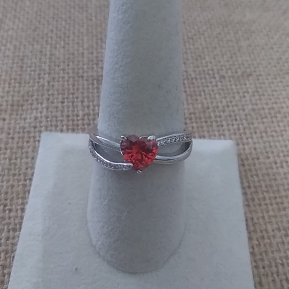 Fragrant Jewels Jewelry - Size 9 Silver Tone Heart Ring